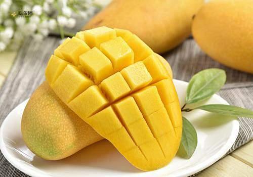 芒果皮有黑点还能吃吗 芒果发霉还可以吃吗缩略图