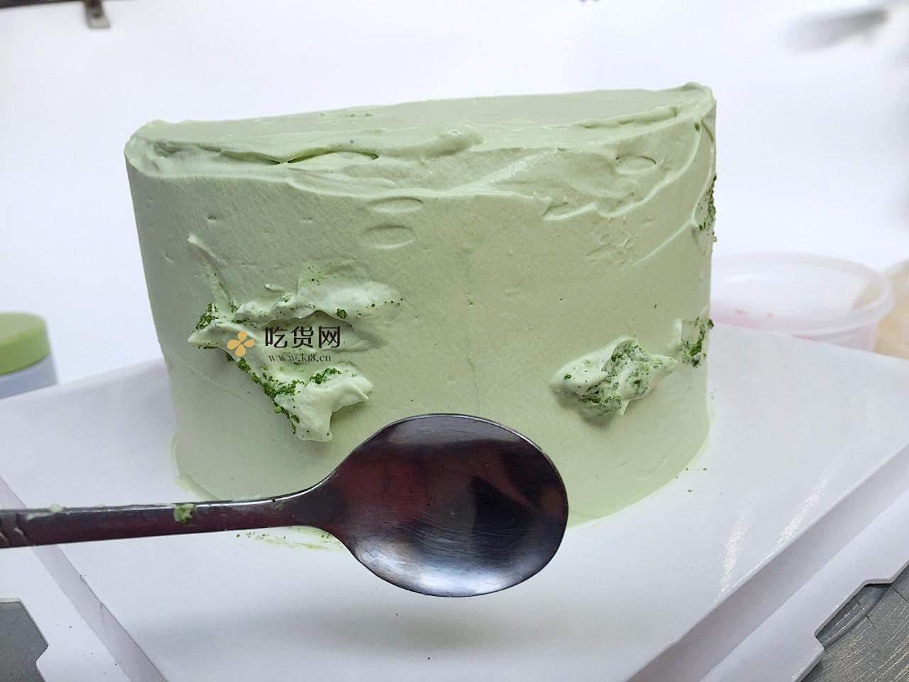 春暖花开抺茶草莓蛋糕(适合零基础)的做法 步骤23