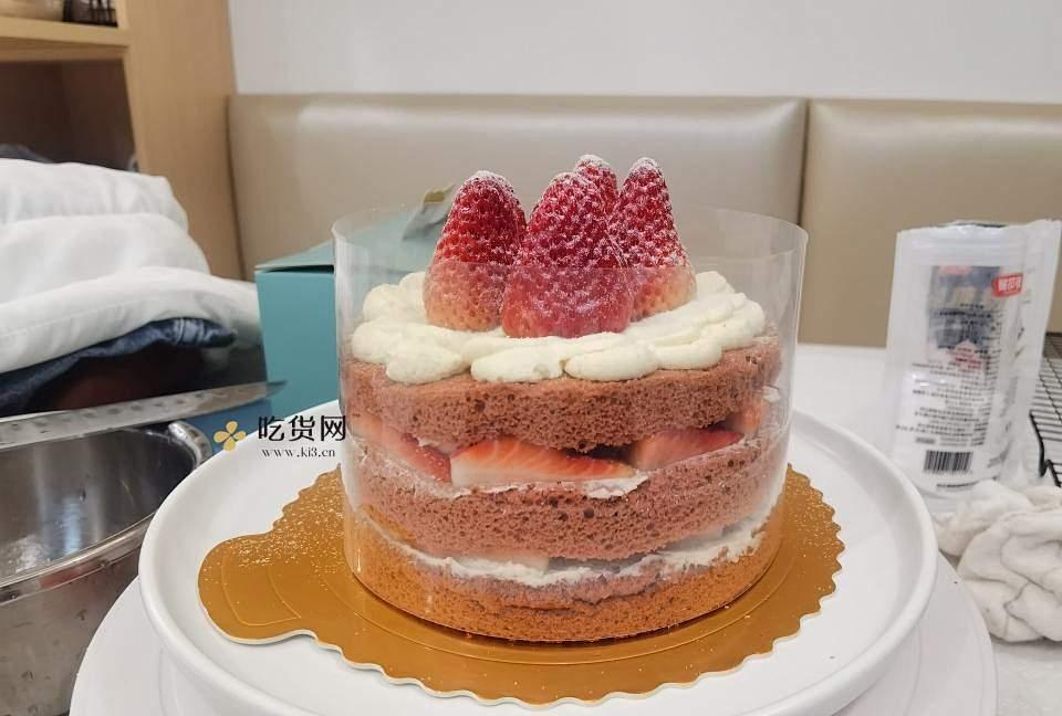 红红火火红丝绒草莓戚风蛋糕的做法 步骤16