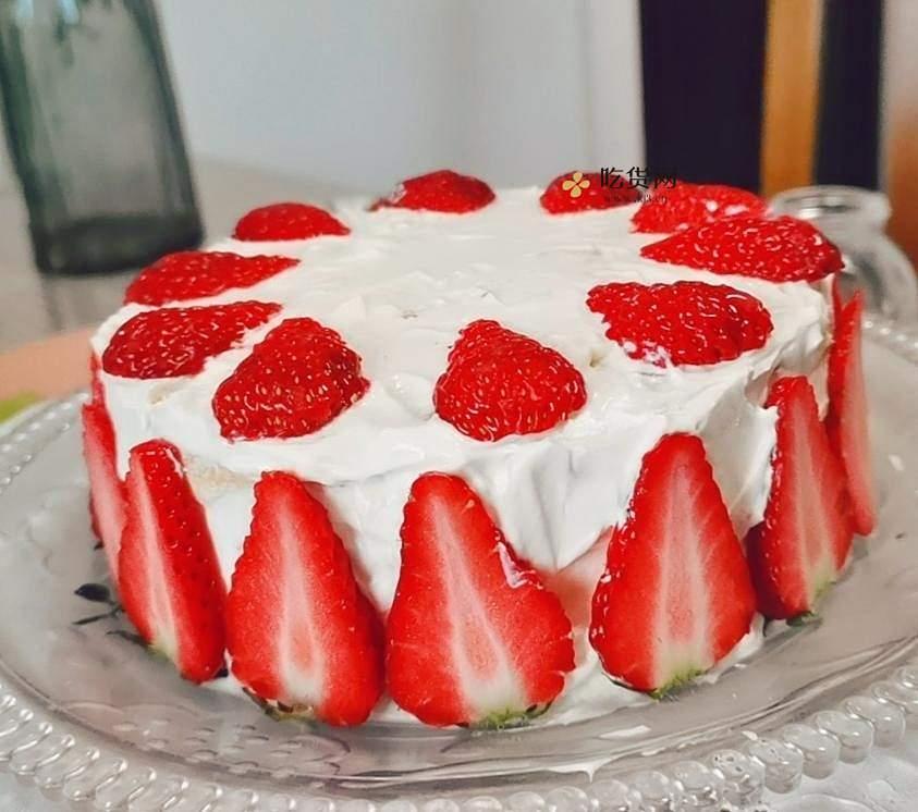 草莓🍓生日蛋糕(普通面粉版,做法简单)的做法 步骤4