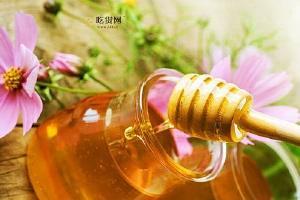 夏季吃蜂蜜有哪些好处呢,夏季吃蜂蜜好么,,夏季吃蜂蜜的好处缩略图