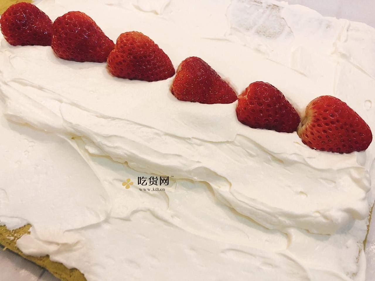 抹茶草莓🍓蛋糕卷的做法 步骤14