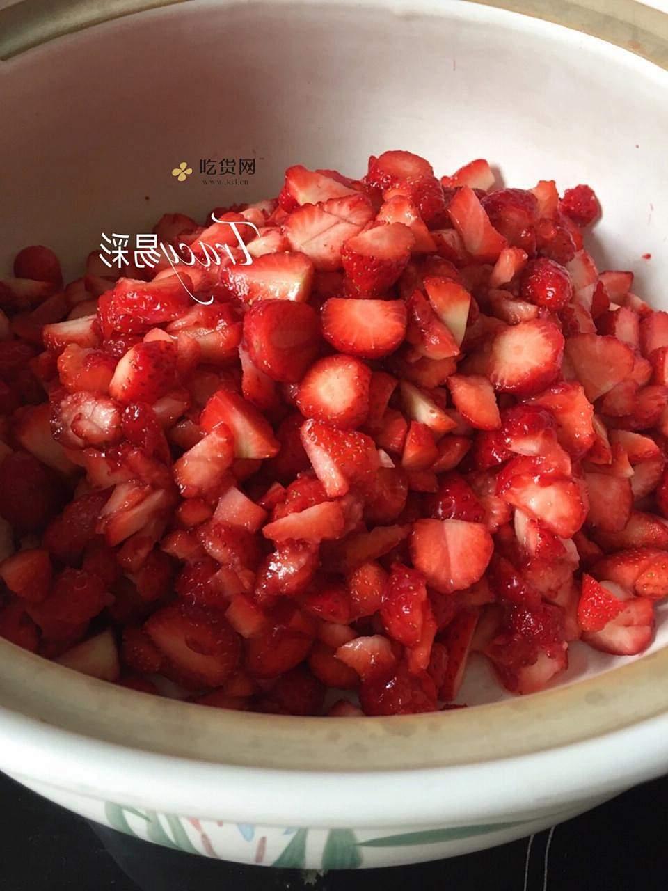 自制草莓酱的做法 步骤1