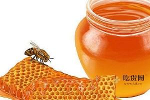 纯蜂蜜放电冰箱里变乳白色了还能吃吗,纯蜂蜜冷冻了还能吃吗缩略图
