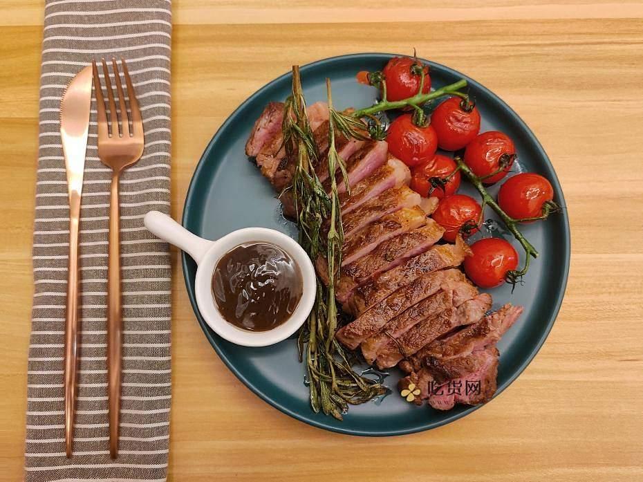 煎牛排|在家做厚切安格斯西冷牛排的做法 步骤7