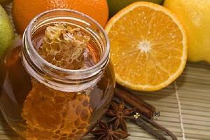 蜂蜜美容护肤小窍门,纯蜂蜜护肤技巧,怎样用蜂蜜美容缩略图