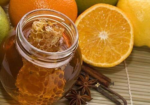 蜂蜜美容护肤小窍门,纯蜂蜜护肤技巧,怎样用蜂蜜美容插图