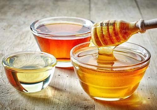 纯蜂蜜可放电冰箱储存吗 喝蜂蜜会长胖吗插图
