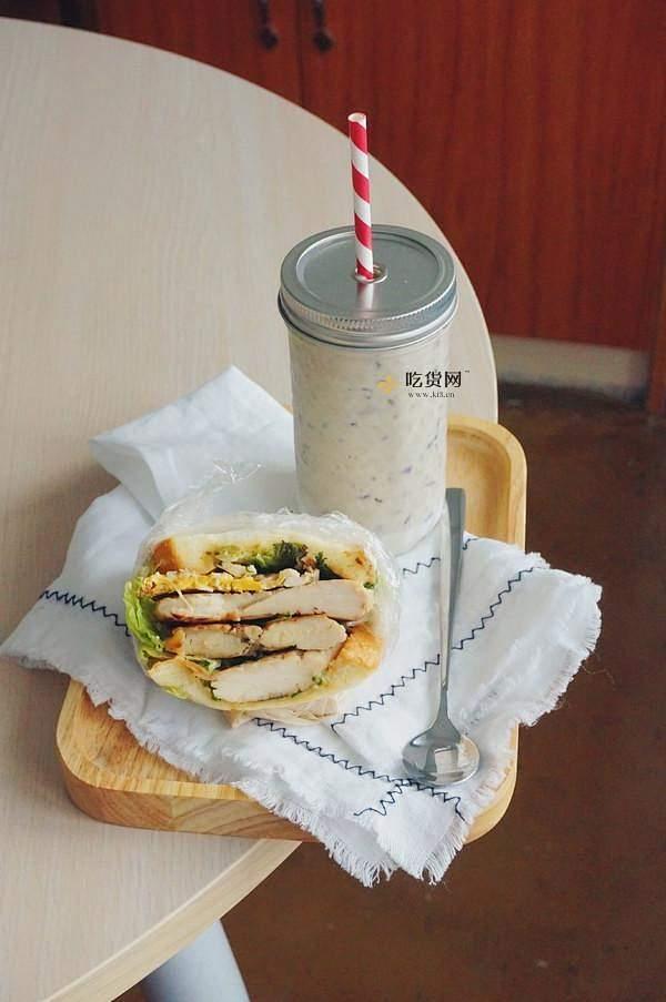 酷炫屌炸天好吃的煎鸡胸肉(香蒜蜂蜜煎鸡胸肉)的做法 步骤10