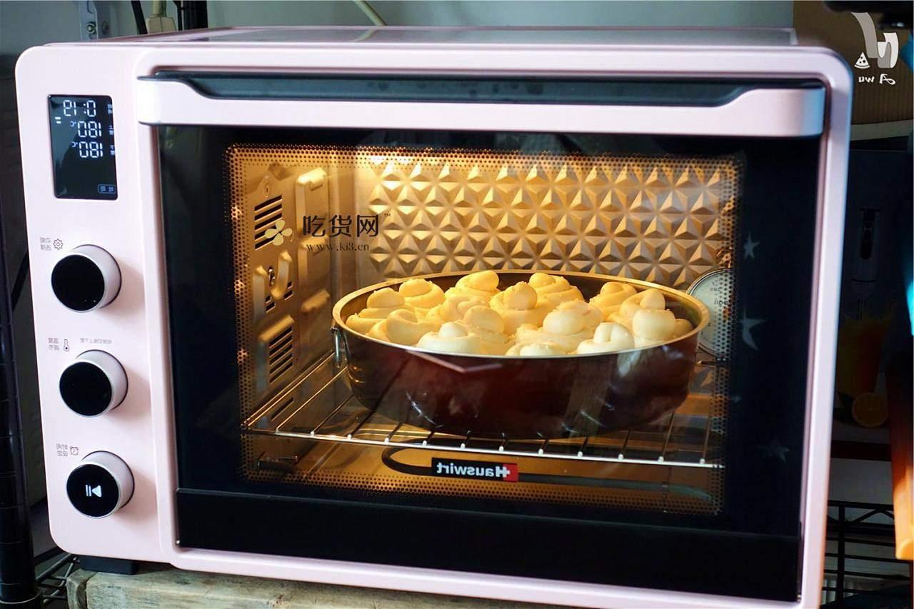 奶油蜂蜜小面包的做法 步骤17