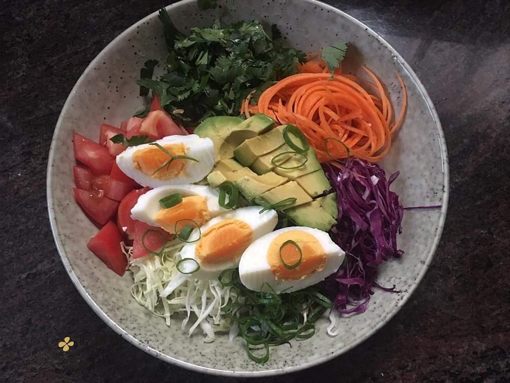 营养丰富的减肥餐~煮蛋鲜蔬沙拉的做法 步骤1
