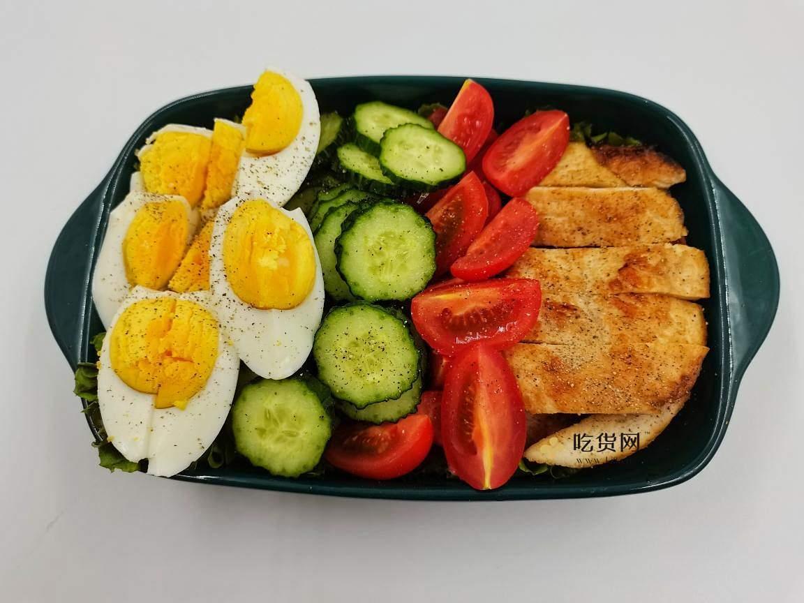 我的低碳生酮减肥餐||果蔬鸡胸肉沙拉的做法 步骤9