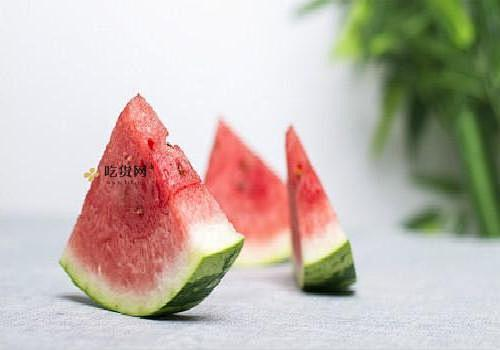 西瓜割开以后常温下可放多长时间,割开的西瓜如何保存插图