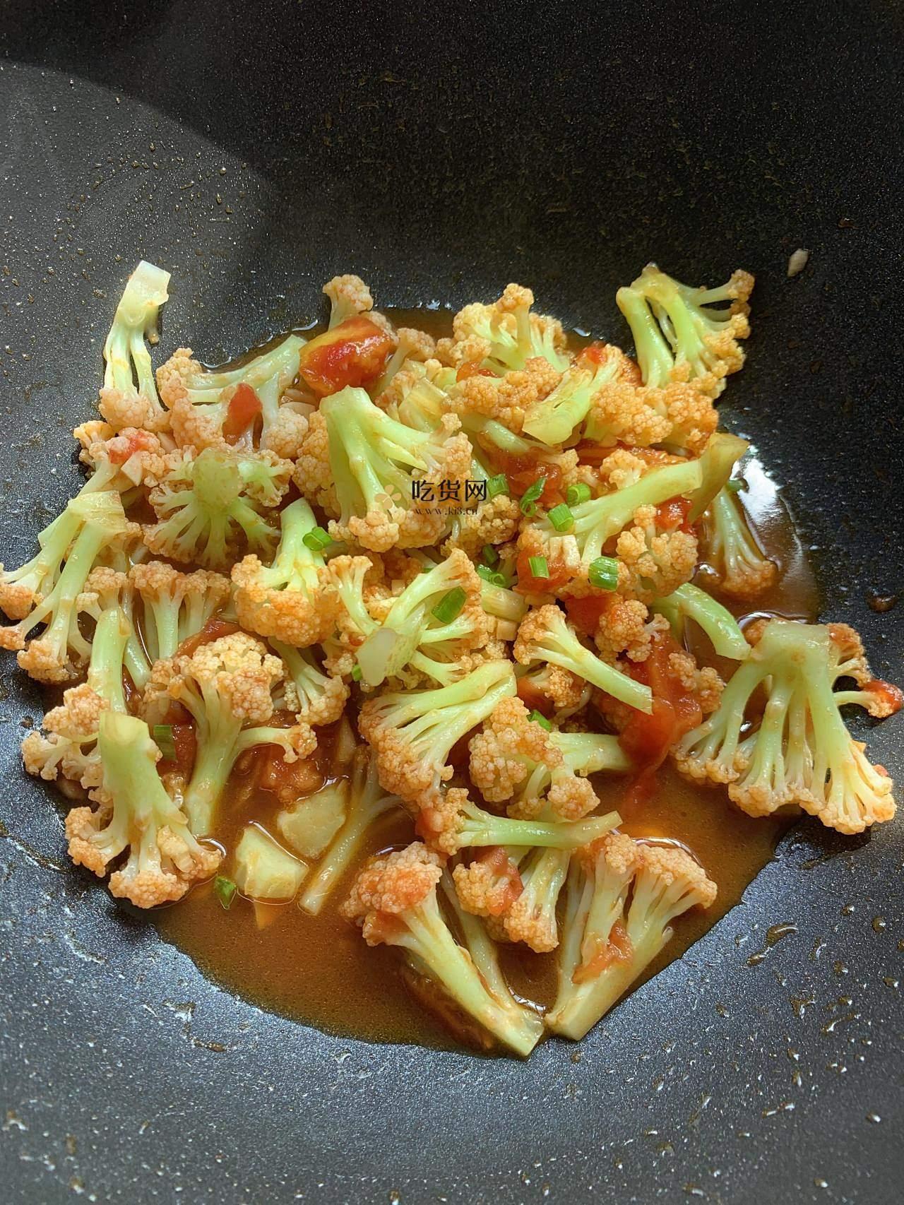 低脂低卡‼️好吃不胖的番茄炒花菜,减肥餐的做法 步骤6