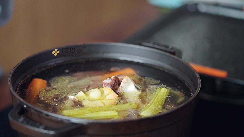 【曼达小馆】新手也能完美复刻的米其林级低温牛排的做法 步骤11