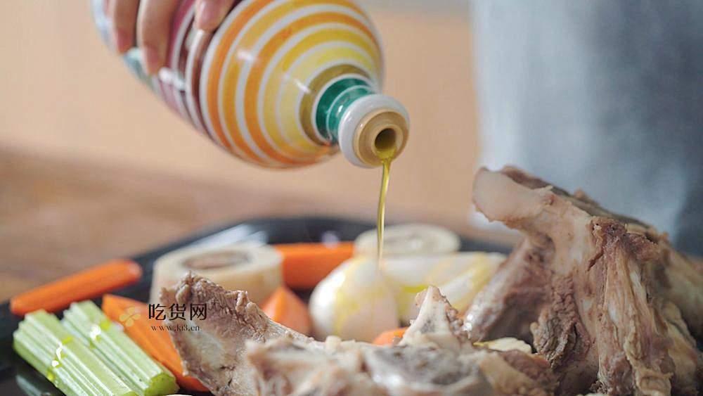 【曼达小馆】新手也能完美复刻的米其林级低温牛排的做法 步骤7