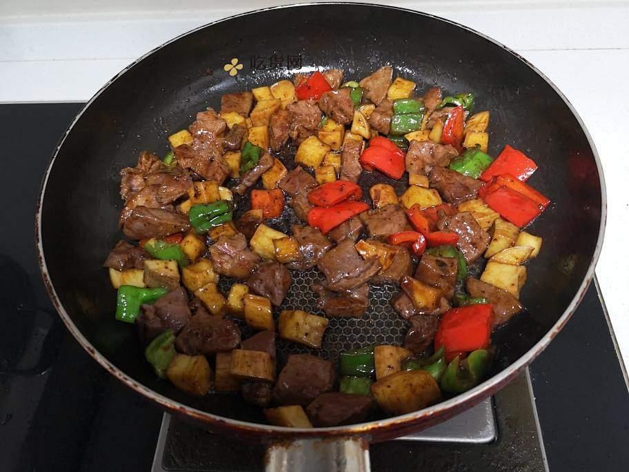 黑胡椒牛排粒的做法 步骤5