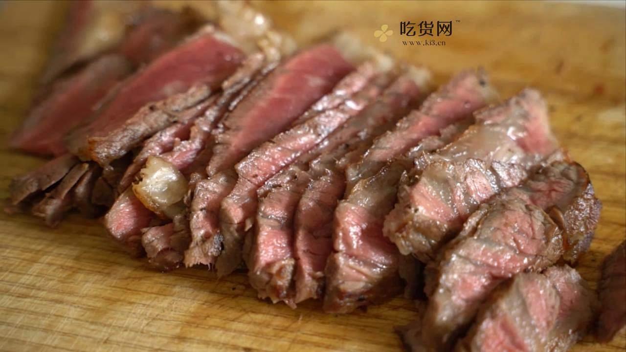 曼食慢语丨杂蔬炒牛排的做法 步骤5