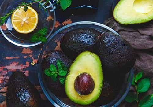 牛油果和西瓜能够一起吃吗,吃牛油果后多长时间能吃西瓜插图