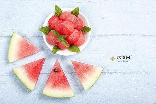 秋季为什么不能吃西瓜,秋季为什么不可以吃蟹缩略图