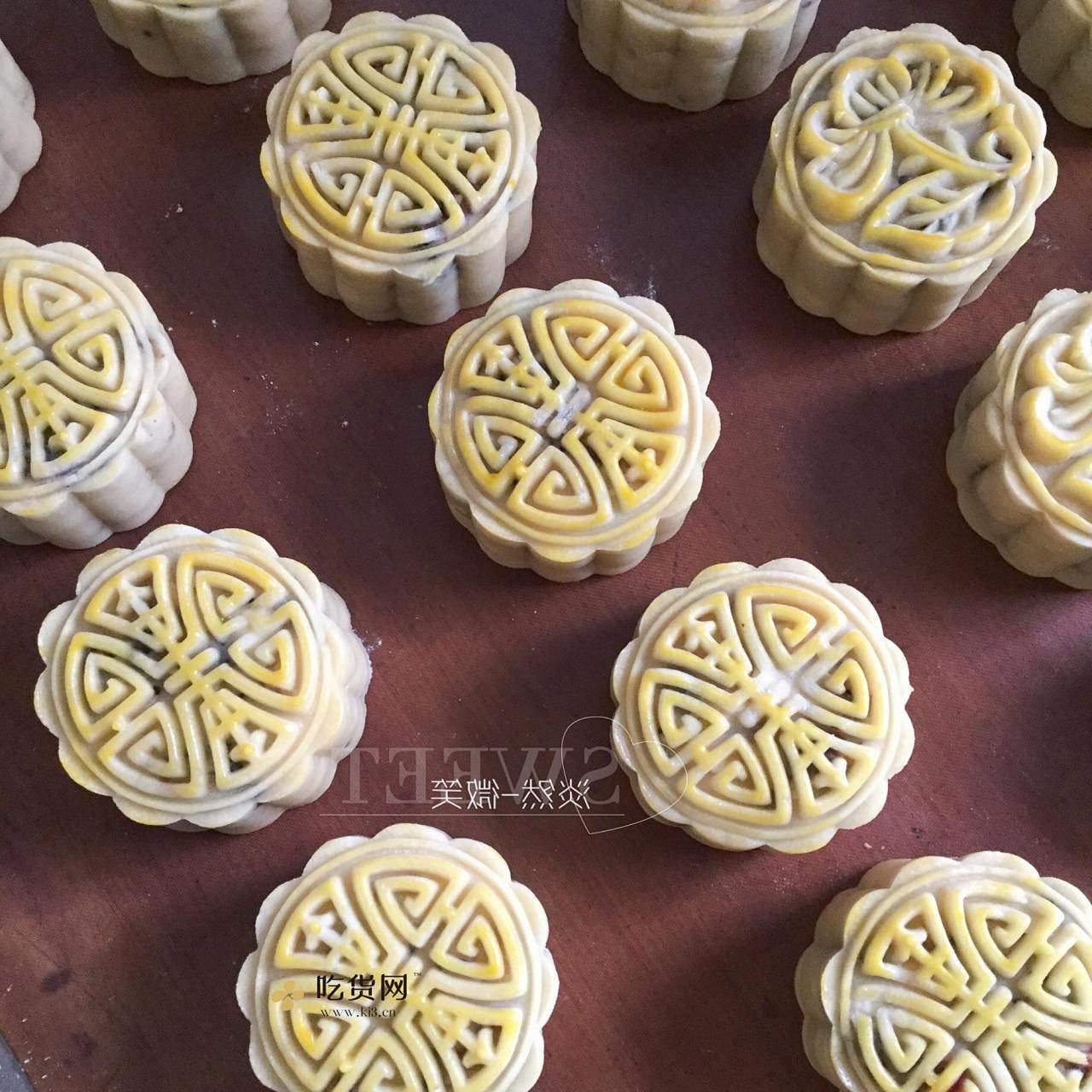广式五仁月饼蜂蜜版(不用转化糖浆)的做法 步骤12