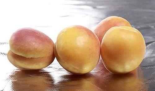 水蜜桃和西瓜能一起吃吗,水蜜桃不可以跟哪些一起吃插图
