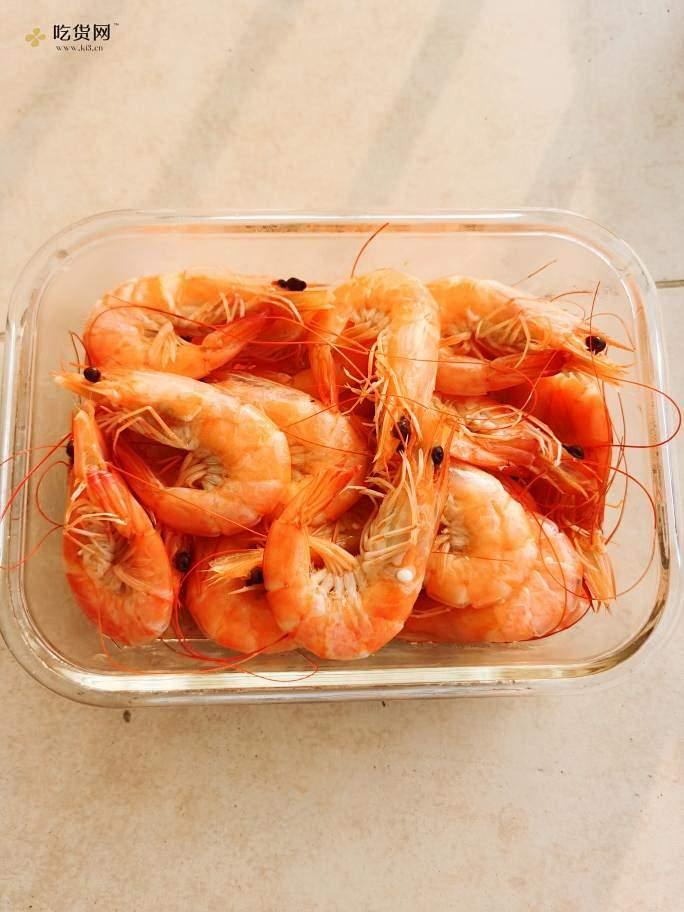 超级减脂食物 高蛋白低脂肪大明虾 水煮大明虾 盐水虾 减脂餐 减肥餐的做法 步骤1