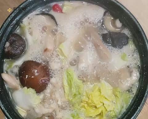 在宿舍也能做的减肥餐:大酱汤的做法 步骤8