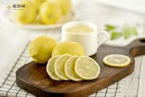 柠檬能立即敷在脸部吗,柠檬补水面膜有什么作用缩略图