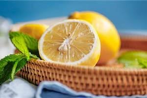 新鮮柠檬如何吃最好是,柠檬的食用方法有什么缩略图