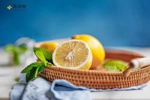 柠檬补水面膜如何自制补水面膜,柠檬补水面膜的简单做法缩略图