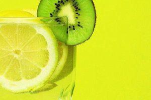 柠檬纯蜂蜜放电冰箱哪层 柠檬纯蜂蜜放到电冰箱能够放多长时间缩略图