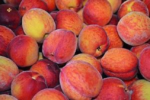 黄桃和香瓜能一起吃吗,黄桃和香瓜榨汁味道怎样缩略图