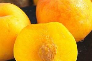 黄桃和桃子哪一个发热量高,吃桃子的最佳时间是什么时候缩略图
