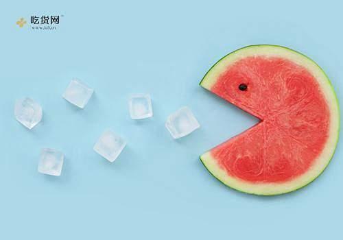 西瓜有点儿酸能吃吗 西瓜有点儿酸是什么缘故缩略图