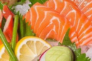 三文鱼与银鳕鱼哪一个贵,银鳕鱼和三文鱼哪家好缩略图