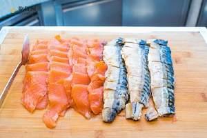 夜里吃三文鱼会胖吗,三文鱼一次可以吃是多少缩略图