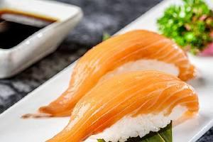 三文鱼吃多了会怎么样,三文鱼吃多了该怎么办缩略图
