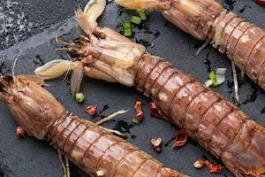 皮皮虾蒸多长时间能熟,皮皮虾上气以后蒸几分钟缩略图