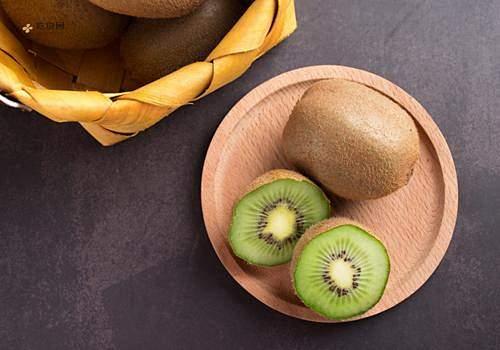 吃了猕猴桃能吃芒果吗,芒果和猕猴桃一起吃会怎样缩略图