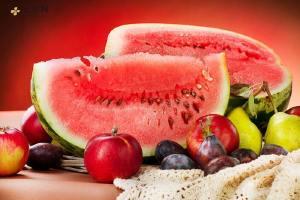 西瓜什么人不能吃 吃西瓜解暑?脾胃虚寒气血虚者或是慎吃为妙!缩略图
