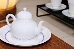 雪梨金银花茶喝过有哪些好处呢,黄菊花雪梨茶有哪些忌讳缩略图