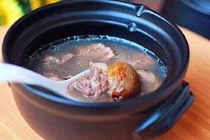 木瓜炖汤的做法全集,木瓜那样煲汤最营养成分缩略图