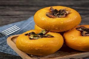 吃了柿子饼可以吃木瓜吗,柿子饼能够 和香蕉苹果同吃吗缩略图