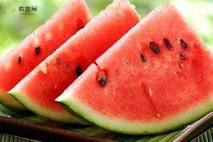 夏天吃西瓜的好处和禁忌,夏天吃西瓜有什么好处缩略图