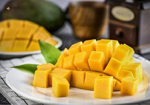 芒果切开不熟怎么吃,芒果切开了还能催熟吗缩略图