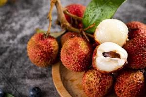 荔枝是性热的或是寒性的,荔枝吃完是否会发胖缩略图