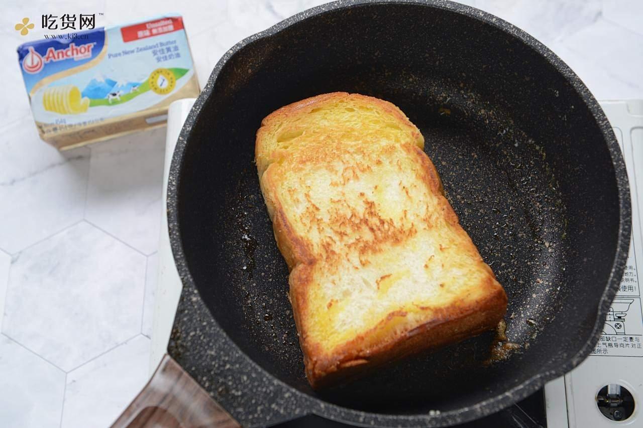 芝士厚蛋烧三明治的做法 步骤4