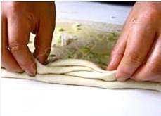 葱香手撕饼的做法 步骤10
