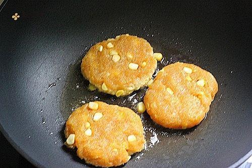 肯德基早餐汉堡轻松在家做 ---『玉米鸡肉汉堡包』的做法 步骤16